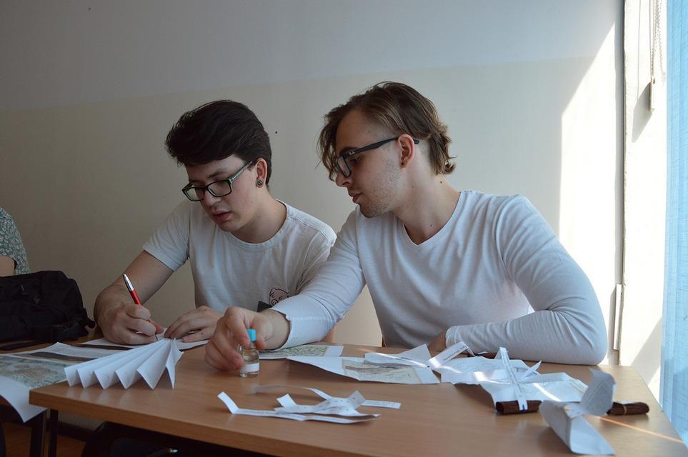 Men in White – czyli nie ma to jak współpraca!